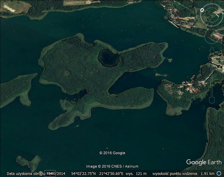 wysepka-na-jeziorze-kisajno
